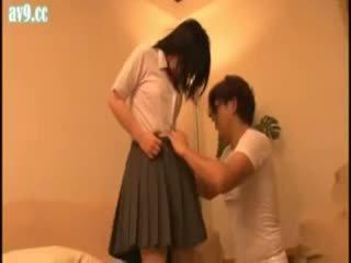 日本语 女学生 滥用 老 男人