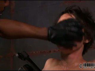 Savage pleasuring už karštas lass