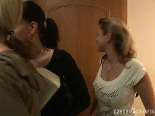 Kívánós cseh couples -ban egy horby swingers buli