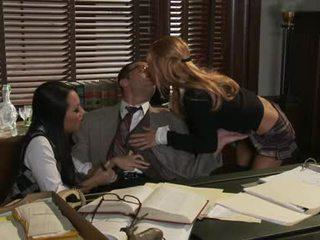 Asa AKIra Like Sharing A Hot Penis With Ally