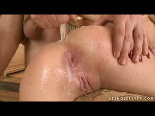 Bubble Butted Bailee Acquires A Rich Load Of Crempie On Her Lush Holes