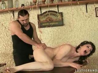 חם סבתא enjoys נבזי סקס
