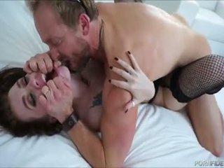 Poredno lak najstnice loves grobo dominating seks