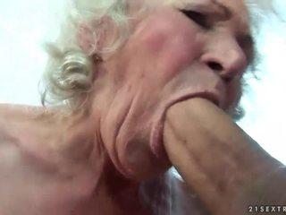 Uly emjekli garry gets her saçly amjagaz fucked