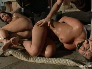 sa turing sexy yo yo cop girl, hq scared for a big cock, panoorin shows their shaved