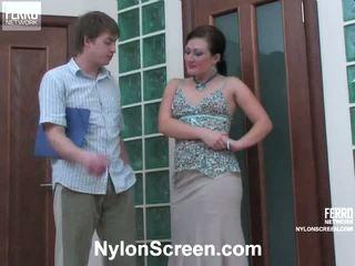 Gwendolen arthur birichina nylon azione