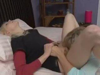 Julia ann & brea bennett baise www.bee .