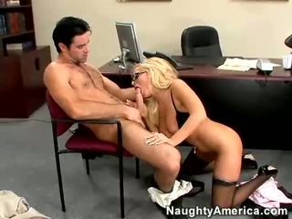 Blondinka jana angelina ash blows a gatan sik shaft
