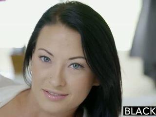 Blacked тийн beauty tries между различни раси анално секс