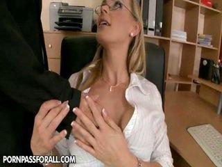 calitate hardcore sex, sărutat evaluat, piercing-uri ideal
