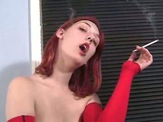 βλέπω κάπνισμα περισσότερο, κοκκινομάλλης, γυμνός