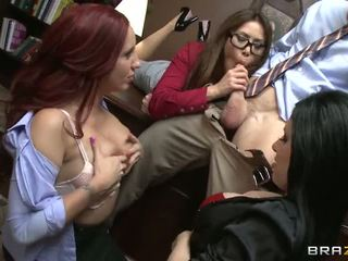 Johnny gets sucked by three hot babes Video