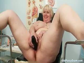mamie gros seins
