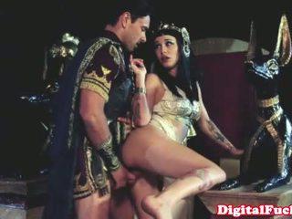 Cleopatra ficken andere roman dude