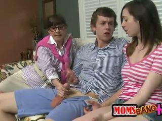 sexo grupal fresco, transsexual, completo trindade classificado