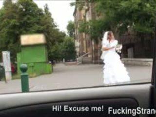 Desperate pengantin perempuan amirah adara gets kacau somewhere di masyarakat