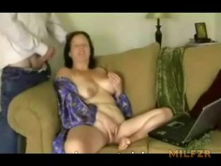 Chubby mom was too hot to stop fucking