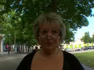 Carole französisch reif anal gefickt