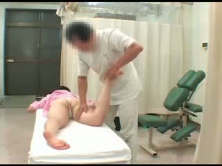 Voyeur asiatisk babe naken breast blowjob masturbation spionering massasje orgasme sex