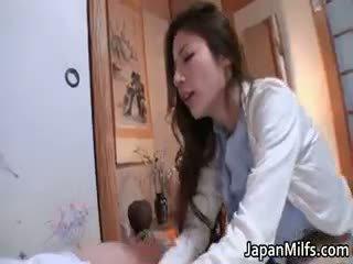 έλεγχος ιαπωνικά εσείς, περισσότερο διαφυλετικός περισσότερο, ώριμος