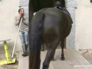 Having xxx brenda the stable