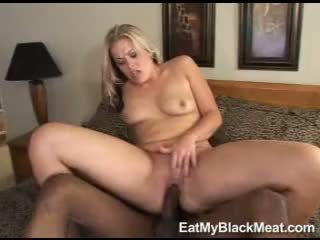 Lustful Mandy Fox Acquires Her Mouth Rewarded With Jizzload After A Nice Hot Bang
