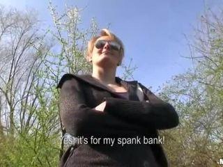 체코의 소녀 meggie 섹스 에 공공의 용 현금