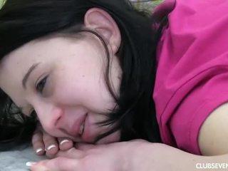 Tugjob linda gets massaged ve becerdin