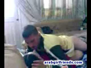 Turned επί αραβικό ζευγάρι πηγαίνω άτακτος/η γαμήσι σε Καυτά σπιτικό