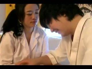 Glorious vip koreane gjoksmadhe në brothel