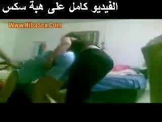 熱 女孩 在 egypte 視頻