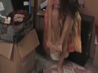 Megan jones cleans/fucks uz the pagrabs