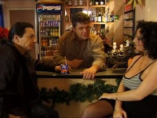 Doublestuffing Magda Polak in a dirty bar