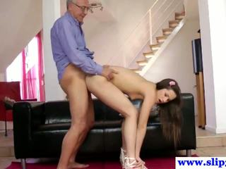 Viejo english male buttfucks younger negra haired
