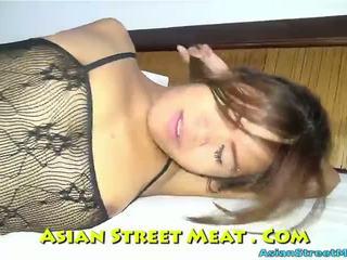 Delightful bythë qirje spermë dribble në thailand