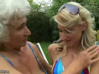 I vështirë seks me adoleshencë blondes