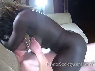 chatte rasée, cock sucking, interracial