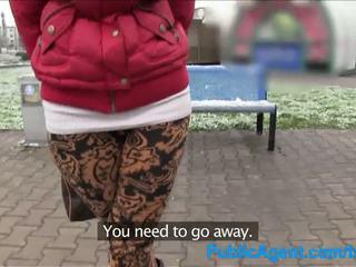 Publicagent innocent shopper gets knullet i en bil til modelling jobb