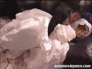 Yua aida itu pengantin perempuan dan itu bestman