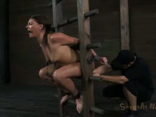Cassandra Nix Transforms From Farm Girl To Porn Star