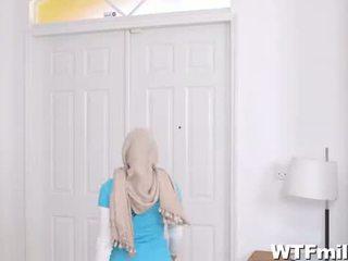 Julianna vega und mia khalifa anbetung die schwanz