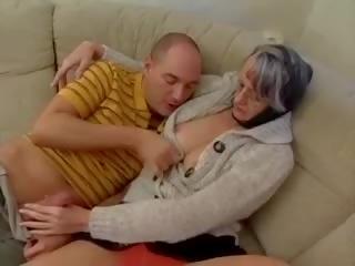 Swinger Omas: Free Amateur Porn Video 3b