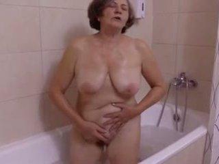 Une belle অবাক করা au salle de bain দ্বারা clessemperor