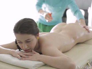 18 virgin סקס - 18 שנה ישן alina