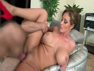 een grote tieten nominale, gratis pornstar, hardcore controleren