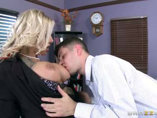 Brazzers - Tatooed MILF Britney Shannon Takes Charge...