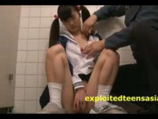 Jav Teen Schoolgirl Caught In Toilet By Old Guard And Fucked