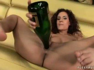 Vein paramour leanna armas copulates tema cookie koos tema tühi pudel