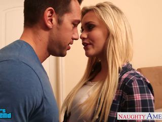 金发 孩儿 mia malkova gets facialized
