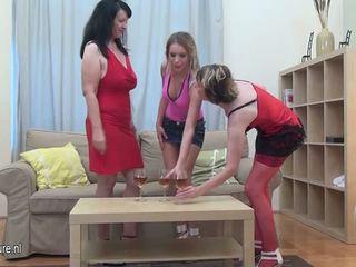 more lesbians, nice grannies real, fun matures online